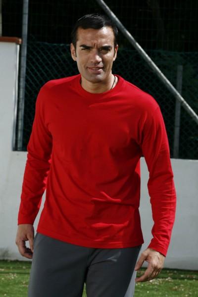 http://www.abitilavoro24.it/10868-thickbox/t-shirt-manica-lunga.jpg